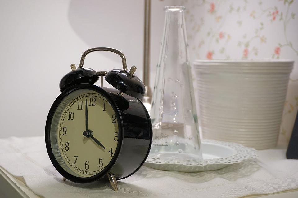 Bangun Tidur Jam 4 Pagi Banyak Manfaatnya