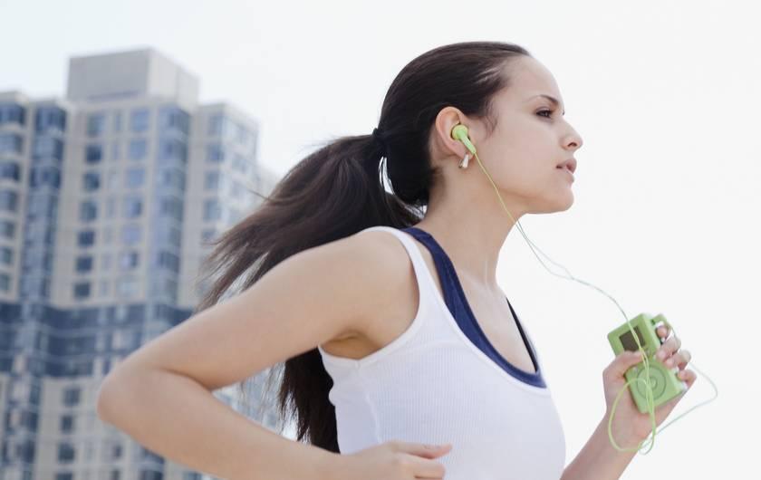Lari Pagi Sebelum Kuliah Atau Bekerja Bisa Turunkan Berat Badan
